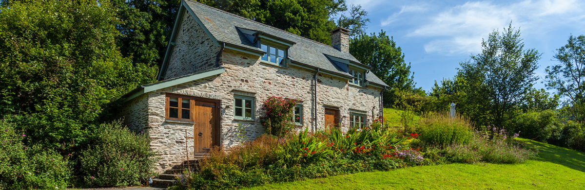 Bailiffs Cottage, North Quarme, a character cottage on Exmoor